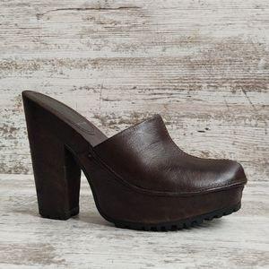 ⚂Miu Miu Prada Brown Leather Wood Heel Mule